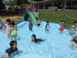 夏の空!楽しいプール遊び☆001_.JPG